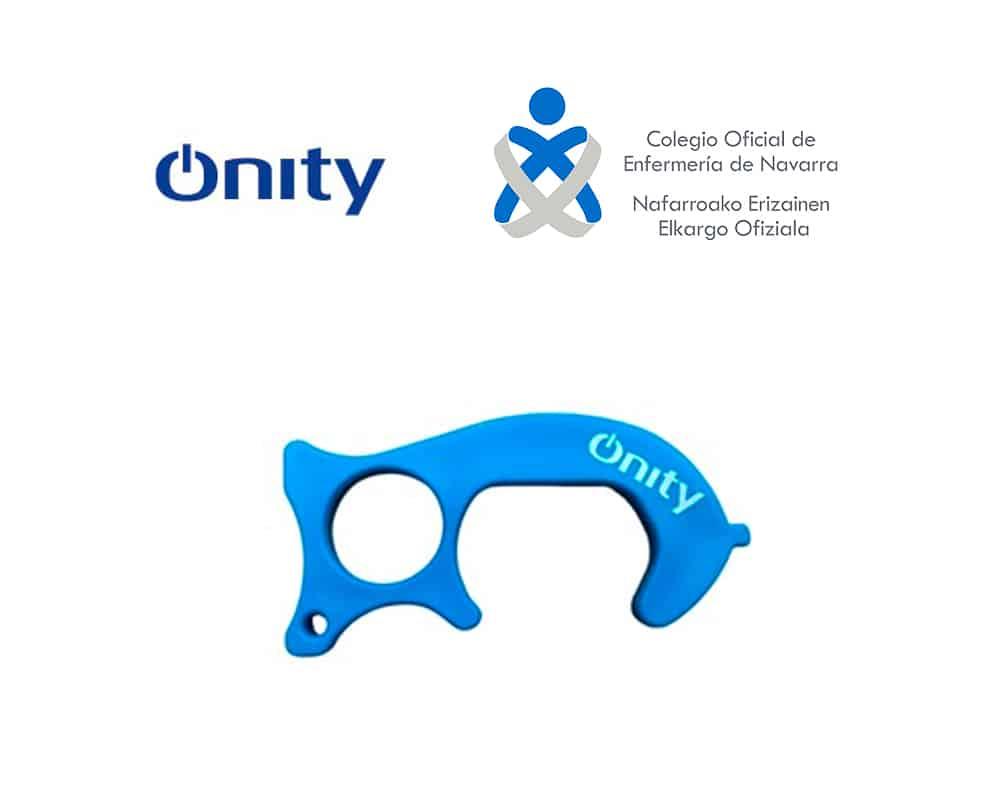 """Onity-dona-dinero-al-Colegio-de-Enfermería-de-Navarra-por-idear-el-dispositivo-""""non-touch""""-para-prevenir-el-COVID"""